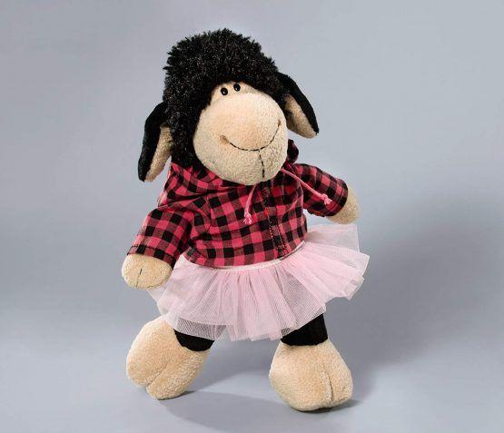 Vestidos oveja. Camisa y falda